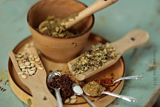 MIXING ZA 'ATAR IN THE DOLL HOUSE KITCHEN