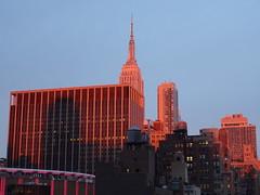 201804058 New York City Midtown (taigatrommelchen) Tags: 20180414 usa ny newyork newyorkcity nyc manhattan midtown sky dusk icon city skyline building