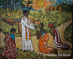Cathédrale Saint-Paul d'Abidjan mosaic (10b travelling / Carsten ten Brink) Tags: 10btravelling 2017 abidjan africa africaine african afrika afrique carstentenbrink cathédralesaintpaul cathédralesaintpauldabidjan cotedivoire elfenbeinkueste iptcbasic ivorian ivorycoast popejohnpaulii romancatholic saintpaul stpauls westafrica africain cathedral cathedrale catholic church cmtb ivoirien ivoirienne mosaic mural tenbrink