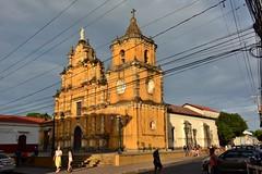 León: Iglesia de La Recolección (zug55) Tags: león iglesiadelarecolección nicaragua santiagodeloscaballerosdeleón iglesia templo church larecolección barroco baroque