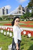 IMG_1406A (Ethene Lin) Tags: 古亭河濱公園 天橋 拱橋 草地 花圃 藍天 白雲 人像 墨鏡 大樓 風車 外拍
