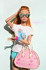 Poppy Parker Down Town (КристинаCristina) Tags: poppy parker down town bag sunglasess integrity toys fashion royalty doll dollphotographer dollcollector