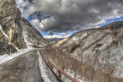 #203 (mariopolicorsi) Tags: mariopolicorsi canon eos 700d fisheye samyang 8mm hdr hdrawards photoshop photomatix simplysuperb landscapes nature natura cielo sky nuvole clouds neve snow march marzo 2018 inverno winter travel viaggio toscana tuscany italia italy abetone tagliole montagna mountain strada street europa europe