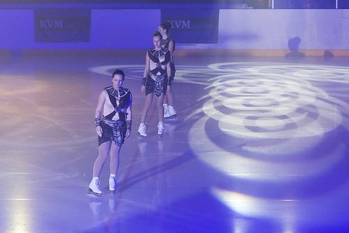 kvm on ice 2001av