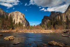 Yosemite (CROMEO) Tags: yosemite national park parque natural river rio sky clouds long exposure forest california cali usa united states estados unidos de america reserva bear cromeo cr photo photography capture nikon fullframe view point