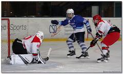 Hockey Hielo - 15 (Jose Juan Gurrutxaga) Tags: file:md5sum=80df71849a69130e063ede778ad5ed5c file:sha1sig=608c4888d4d0dc97354015ce27b1a324ffbdd175 hockey hielo izotz ice txuri urdin txuriurdin jaca