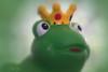 Kiss Me (Inky-NL) Tags: macromondays grimm onceuponatime fairytale sprookje frog kikker ingridsiemons©2018 crown kroon royal fuji60mmf24 fujixt2 thefrogprince prince koning koninklijk princes green toy dreamy vignet postprocessing bokeh hmm