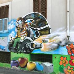 skià (Paolo Cozzarizza) Tags: italia lombardia milano scorcio muro graffito