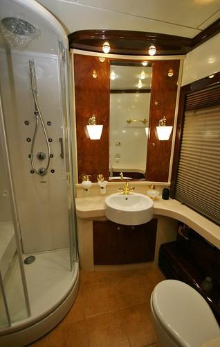Romanov Private Carriage Suite Bathroom