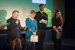 Die DW Jury vergibt den Candis-Preis an MANIVELLE von Fadi Baki.
