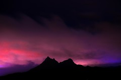 2 peaks (YoungR34) Tags: longexposure nightphotography silhouettes silhouette shadows