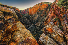 Serpentine Gorge (Viktor Posnov) Tags: macdonnellranges larapinta outback westmacdonnell serpentinegorge northernterritory australia mountains redcenter alicesprings sunrise gorge canyon hugh au