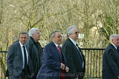 Football legends arrive (James O'Hanlon) Tags: sir ken dodd sirkendodd kendodd funeral cathedral anglican liverpool liverpoolcathedral anglicancathedral stars knotty ash knottyash squire legend comedy