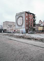 Zabrze, Poland. (wojszyca) Tags: fuji fujica gsw680iii 6x8 120 mediumformat fujinon sw 65mm fujichrome astia 100f rap gossen lunaprosbc epson v800 city urban house building mural zabrze