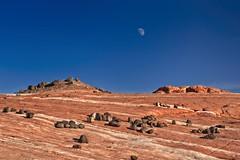 Valley of Fire 5817 B (jim.choate59) Tags: moon desert jchoate on1pics valleyoffire firewavetrail nevada lasvegas d610