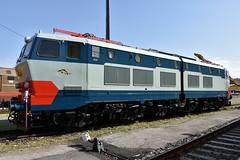 E656 023 Caimano (luciano.deruvo) Tags: pistoia depositolocomotive toscana manifestazione fs trenitalia caimano e656023 colori