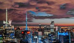 H&M (Perurena) Tags: skyline edificios buildings ciudad city vistas views panorámica nocturna noche night luces kights reflejos resplandor nubes clouds nuboso cloudy cielo sky manhattan topoftherock rockefellercenter nuevayork estadosunidos usa
