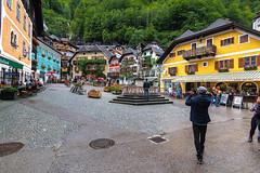 HALLSTATT-(AUSTRIA)-18 (Fotoencuadre Miguel Alvarez) Tags: hallstatt austria tirol pueblomasbonitoalladodeunlago montañas alpes lago pueblo europa montaña elpueblomasbonitodelmundoalladodeunlago unesco bruma casasdemadera