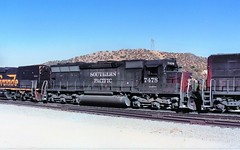 Southern Pacific SD45 locomotive at Cajon Summit in 1992 (Tangled Bank) Tags: train railwa railroad railways old classic heritage vintage north american fallen flag 1990s 90s rolling stock freight cars equipment southern pacific sd45 locomotive cajon summit 1993 sp