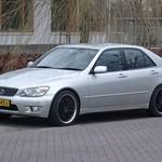 2000 Lexus IS 200 thumbnail