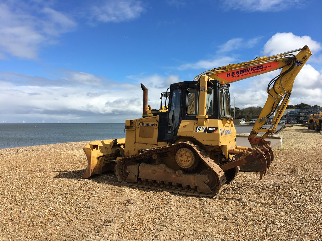 The World's Best Photos of beach and bulldozer - Flickr Hive Mind
