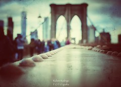 NYC bokeh (Mister Blur) Tags: brooklyn bridge new york city nyc puente low pointofview pov shallow depthoffield dof bokeh forlife thenational snapseed nikon d7100 35mm rubén rodrigo fotografía