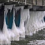 Eis an der Binzer Seebrücke thumbnail