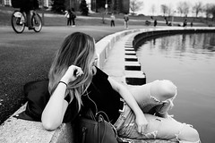 Sit quietly and listen (westdoorx) Tags: lake shore blackwhite black white blur candid bw blackandwhite 35mm zeiss sony a7rii chicago michigan downtown loop