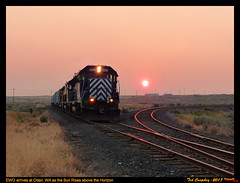 Smokey Sunrise (funnelfan) Tags: train railroad railway shortline locomotive pnw pacificnorthwest eastern washington gateway ewg cw centralwashington wheat grain smoke sunset why switch turnout sunrise sd45