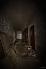Fantasmas (M Belén) Tags: nocturna fantasma abandono