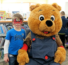 Mini-Golf, Geauga West (Geauga County Public Library) Tags: minigolf2018 minigolf children golf puttputt facepaint facepainting bear slider prizes sponsors familyprogram families kidsinlibrary kids dogsinlibrary dogs reading gclf gcplfoundation