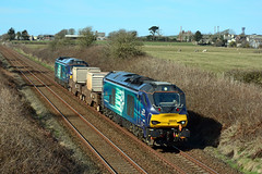 68025 6C51 Drigg (2) (British Rail 1980s and 1990s) Tags: train rail railway loco locomotive lmr londonmidlandregion mainline cumbria livery liveried traction station diesel drs directrailservices 68 class68 cumbriancoast 6c51 sellafield nuclear flasks freight railfreight 68025 superb 68016 fearless
