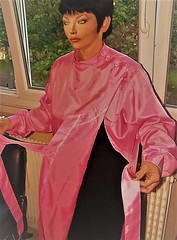c3 (alannah.myles66) Tags: hairdressing caped capes gowns nylon satin silk haircutting barberette hairdresser blouse kittel friseurumhang