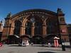 Bremen Hauptbahnhof (Pico 69) Tags: bahnhof gebäude alt historisch nostalgisch pico69 drausen blauerhimmel bremen