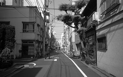living off the street (john grzinich) Tags: 11 2017 9min20c blackwhite ilfordpan400 japan november pointandshoot xtol yashicaminitecaf tokyo ishootfilm analogfilm 35mm