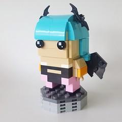 Brickheadz - Morrigan 1 (Ojingi) Tags: lego brickheadz capcom streetfighter darkstalkers chunli morrigan moc