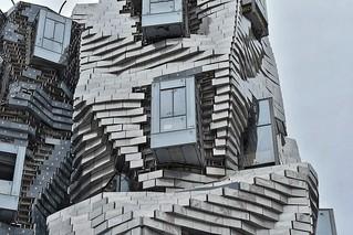 La tour Gehry. Arles Fondation Luma.