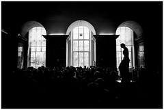 Venus de Milo, Louvre. (Armando Alvarez) Tags: france francia paris louvre venusdemilo bw blackandwhite blancoynegro sculpture escultura nx300