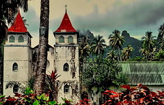 Fr. Polynesia, Church in Moorea Island (gerard eder) Tags: world travel reise viajes oceania polynesia polynésiefrançaise polynesie frenchpolynesia tahiti moorea church iglesia kirche landscape landschaft paisajes panorama tropical tropicalisland tropicalislands natur nature naturaleza sacral sacralbuilding outdoor