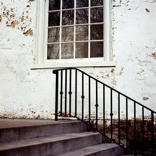 Yashica - church steps img611