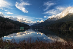 Capilano Lake - EXPLORED (April 2,2018) (JD~PHOTOGRAPHY) Tags: lake capilano capilanolake waterlandscape mountain grousemountain reflection waterreflection blueskies nature naturallandscape canon canon6d