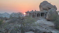 sunrise in hampi (sami kuosmanen) Tags: taivas tree travel asia winter nature india intia rock rockclimbing geology granite emotion luonto light landscape sun sunrise sky puu history hampi people man mies woman morning aamu