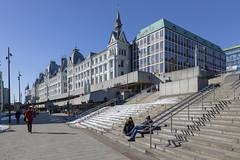 Victoria Terrasse (Explore Abr-16-2018) (José M. Arboleda) Tags: arquitectura edificio casa nieve cielo oslo noruega eos markiv josémarboledac victoriaterrasse ef24105mmf4lisusm canon 5d