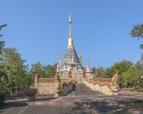 Wat Pa Neramit Mae Taeng Phra Chedi (DTHCM2050) วัดป่าเนรมิตแม่แตง พระเจดีย์