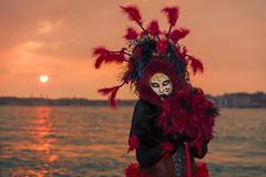 _DSC0900 (Ivano Mco) Tags: venezia carnevale maschera laguna tramonto