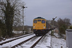 Visiting Loco D5343 (26043) approaches Thuxton, after pausing at the signal, with a service from Wymondham Abbey. Mid Norfolk Railway Spring Diesel Gala 18 03 2018 (pnb511) Tags: mnr midnorfolkrailway train engine loco locomotive diesel trains engines locos locomotives diesels class26 26043 carriages semaphore signals