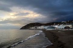Storm clouds gathering from the East (karen leah) Tags: aberystwyth ceredigion cardiganbay dusk twilight outdoors sea shore clouds sky beauty nature march