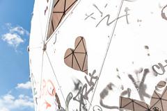 Love is in the air (Nic2209) Tags: nic2209 nikon nikond750 d750 flickr 2018 flickr2018 ninicrew verfall verkommen alt stillgelegt ausrangiert decay abhörstation teufelsberg berlin graffiti graffito kunst künstler radom radome trümmerberg reliktedeskalgenkrieges tower love liebe