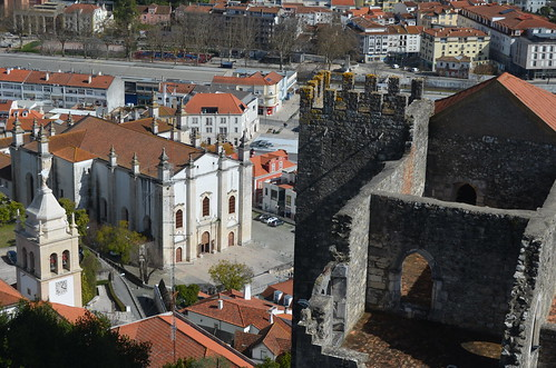 The old rooftops of Leiria VI