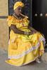 La reina (cesarbilan) Tags: mujer amarillo streetphoto cigarro sombrero